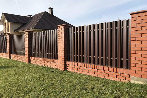 Brown metallic corrugated fence